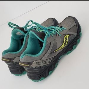 saucony raptor hiking shoes 6.5